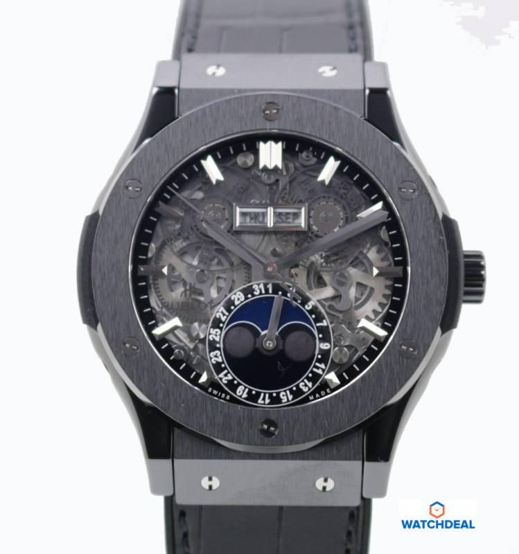 Hublot Classic Fusion Aerofusion Moonphase Black Magic 517.CX.0170.LR